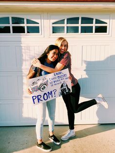 Source by idea poster Cute Homecoming Proposals, Homecoming Posters, Homecoming Ideas, Beat Friends, Cute Friends, Cute Relationship Goals, Cute Relationships, Creative Prom Proposal Ideas, Bff