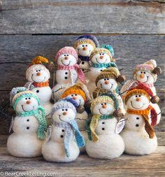 The story of fiber artist Teresa Perleberg. How Bear Creek Felting started with a couple of sheep and a love for needle felting. Snowman Christmas Decorations, Beaded Christmas Ornaments, Felt Ornaments, Glass Ornaments, Easy Felt Crafts, Felt Diy, Needle Felted Ornaments, Christmas Needle Felting, Felt Snowman