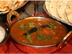 Dhansak - Nikhil Rastogi - Rasm-e-Rasoi Indian Food Recipes, Ethnic Recipes, Food Videos, Recipe Videos, International Recipes, Thai Red Curry, Lamb, Food And Drink, Yummy Food