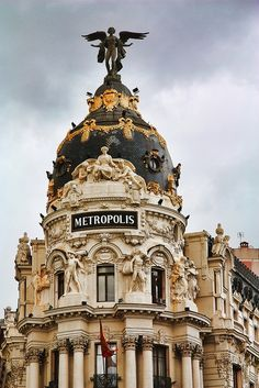 Neoclassical Architecture, Spanish Architecture, Foto Madrid, Real Madrid, Spain Travel, Valencia, Wonderful Places, Travel Inspiration, Rio De Janeiro