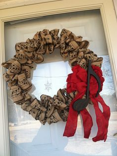 Music burlap wreath - need in my music room! Just want deep red roses instead of the bow and note. Would be gorgeous!