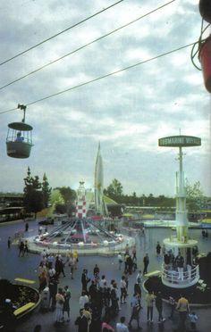 Pictures Disneyland - Old Photos and Ephemera Thread - Page 22