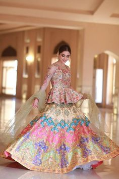 Elegant Bridal Dress For Wedding 2019 Pakistani Wedding Outfits, Pakistani Wedding Dresses, Pakistani Dress Design, Bridal Outfits, Indian Dresses, Sharara Designs, Lehenga Designs, Frock Design, Walima Dress