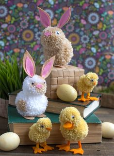 Lia Griffith Yarn Pom Pom Animals Kids Craft – so adorable! Pom Pom Crafts, Yarn Crafts, Felt Crafts, Easter Crafts, Holiday Crafts, Easter Ideas, Sewing Crafts, Fun Crafts For Kids, Diy For Kids