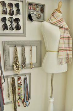 Фото из статьи: Как организовать хранение вещей в гардеробной: руководство к действию