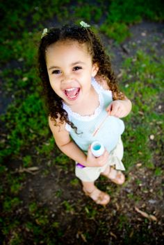Here are 5 fun games you can do with your toddler or toddlers outside.
