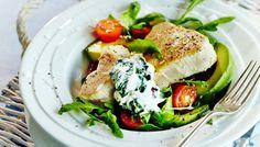 Tonnikalapihvit ja avokado-tomaattisalaatti - K-ruoka