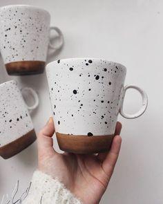 Pottery mugs, ceramic plates, and other dinnerware. by EnjoyYourHomeStore - Pot. - Pottery mugs, ceramic plates, and other dinnerware. by EnjoyYourHomeStore – Pottery mug made by @ - Pottery Mugs, Ceramic Pottery, Pottery Art, Slab Pottery, Thrown Pottery, Pottery Studio, Painted Pottery, Pottery Painting Designs, Pottery Designs