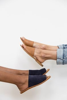 Aiko Basic Slides - Tan Yuka Slides - Navy