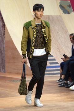 Coach 1941 Spring 2016 Menswear Fashion Show - Jeon June