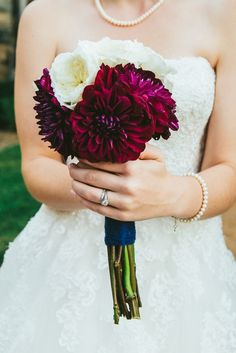 Deep purple dahlia bridal bouquet but much bigger please ! Chrysanthemum Bouquet, Dahlia Wedding Bouquets, Small Bridal Bouquets, Bridal Bouquet Fall, Bridal Flowers, Bridesmaid Bouquet, Gold Wedding Theme, Fall Wedding, Dream Wedding