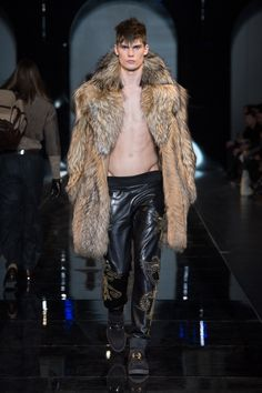 Fur Time / Versace