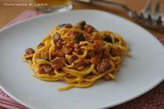Spaghetti alla chitarra con salsiccia e melanzana / un primo piatto, perfetto per il pranzo della domenica