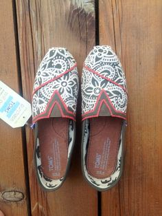 Hand painted Henna TOMS by CEA