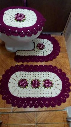 Best 12 New Ideas For Crochet Doilies Diagram Haken – SkillOfKing. Crochet Home, Crochet Gifts, Crochet Doilies, Crochet Stitches, Knit Crochet, Crochet Socks, Knitting Patterns, Bathroom Sets, Deer