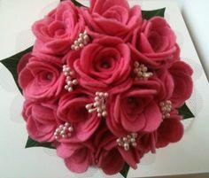 Mini ramos rosas y semillas blancas