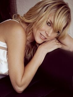 "Julie Benz - ""I love"