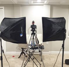 Cut setup to film Studio Room, Studio Setup, Home Studio, Studio Ideas, Youtube Setup, Youtube Editing, Video Editing, Buying First Home, Glam Room