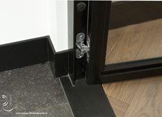 Stalen deuren Aalsmeer Metal Screen, Steel Doors, Metal Working, Furniture Ideas, New Homes, House Design, Fancy, Windows, Flooring