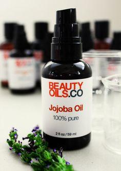 How to Make Lavender Jojoba Hand Oil