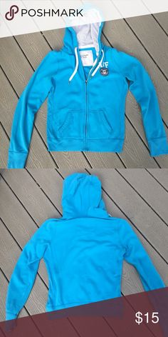 Shop Kids' Abercrombie & Fitch Blue size MG Sweatshirts & Hoodies at a discounted price at Poshmark. Description: Blue zip-up hoodie! Abercrombie Fitch, Sweatshirts, Hoodies, Fashion Tips, Fashion Design, Fashion Trends, Hooded Jacket, Zip Ups, Kids Shop