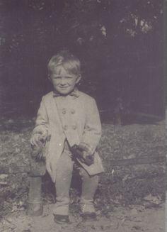 mały Krzysztof Komeda, fot. ze strony komeda.pl/muzeum