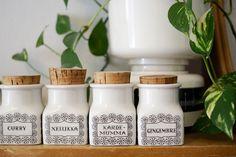 Kirppisrakkautta Kitchenware, Finland, Mason Jars, Curry, Curries, Mason Jar, Kitchen Gadgets, Kitchen Utensils, Glass Jars