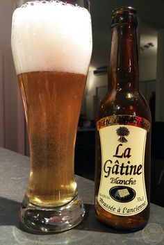 14-Sep-2015: La Gâtine Blanche by Brasserie des Champs. A nice, clean, French witbier. Fruity aroma and flavor. A little bitter. Quite tasty. #ottbeerdiary