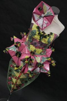 Pinapple Dress Sculptural Fashion, Contemporary Fashion, Higher Design, School Fashion, Recycled Materials, Paper Design, High School, Recycling, Jewelry Design