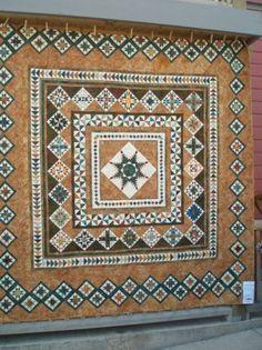 medallion quilt--Sue Garman pattern?