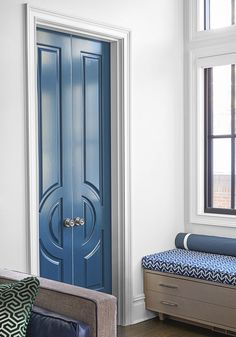 Door Detail by Corey Damen Jenkins Good Living Room Colors, Living Room Paint, My Living Room, Living Spaces, Top Paint Colors, Building A New Home, White Rooms, White Walls, Visual Comfort