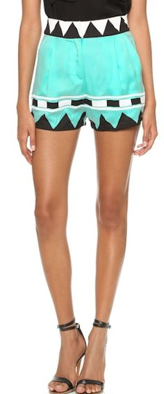 high waisted patterned shorts http://rstyle.me/n/nm27rr9te