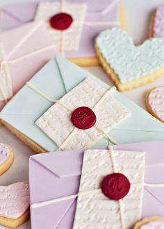 Love Letter Cookies via Sweetapolita