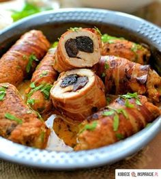 Rolled Pork with Prunes Pork Recipes, Wine Recipes, Cooking Recipes, Best Appetizers, Appetizer Recipes, Buffet Frio, Pork Roulade, Seafood Diet, Exotic Food