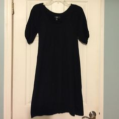 Mossimo Sweater Dress Super soft material. Great with tights and boots for winter and fall. Sleeves end above elbows. Marked Small but more like a Medium. Mossimo Supply Co. Dresses Midi