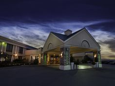 Holiday Inn Buffalo Airport