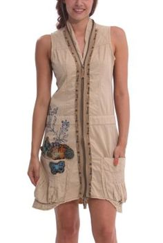 Desigual Women's Meryane dress. A very original short dress with a front zip fastening and side pockets. Slightly flared hem.