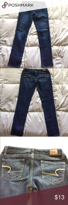 AE skinny jeans AE skinny jeans re-posh they do not fit me. They are size 0 short. In great condition. Perfect for this winter and fall season. American Eagle Outfitters Jeans Skinny