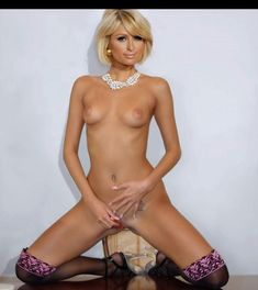 Naked Pic Of Paris Hilton 44