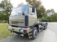Old Trucks, Czech Republic, Cars And Motorcycles, Vehicles, Design, Tractor, Poland, Trucks, Automobile