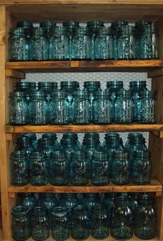 One (1) Vintage Blue Ball Perfect Mason QUART Jar - Pay ONLY 7.00 Shipping For One Or All - Weddings Crafts Pantry Dry Storage Decor Project...