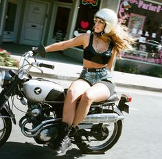 Hot Chicks on Hot Bikes - Page 4 - The Sportster and Buell Motorcycle Forum - The XLFORUM®
