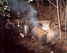 Your classic vintage moonshine still set-up > http://howtomake-moonshine.com/