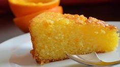 Delicioso Bolo de Laranja Sem Glúten Delicioso, pratico e bem rápido de preparar esse bolo de laranja. A laranja é uma fruta cítrica que além de ter um