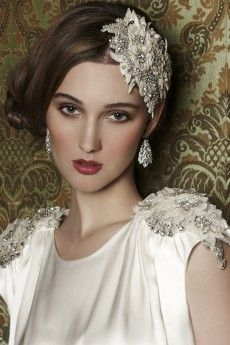 Hint of Gatsby ~ Such a beautiful head piece.....