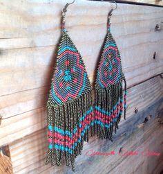 Freya boucles d'oreilles over size  tissage peyote, bijoux bohèmes, ethniques, uniques....   http://www.alittlemarket.com/boucles-d-oreille/fr_freya_boucles_d_oreilles_hippie_ethnique_-15201469.html