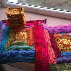 Ravelry: Sunny Log Cabin pattern by Lucy of Ravelry, Sunnies, Cabin, Crochet Blankets, Pattern, Sunglasses, Cabins, Afghans, Patterns