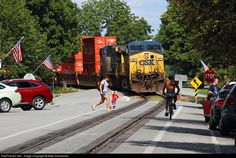CSX stack train is about to enter the street running trackage through La… Csx Transportation, Old Steam Train, August 10, Diesel Locomotive, Young Family, Train Station, Model Trains, Kentucky, Bike
