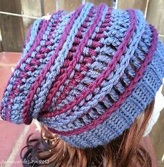 I love slouchy hats, not only are fun to wear, but fun to make!