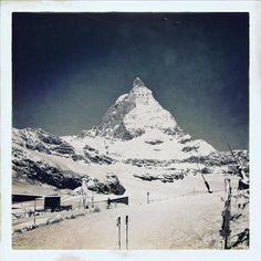 Live aus dem verschneiten #Zermatt  #snapchat  reise_inspi  Was für ein genialer Samstag! #zermattinspiration pur! #matterhorn